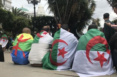 استنكار واسع للأحكام الصادرة في حقّ سجناء الراية الأمازيغية
