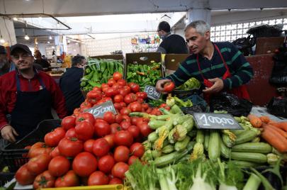 رمضان في الجزائر.. بين تراجع النشاط التجاري وانخفاض القدرة الشرائية