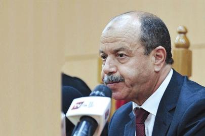 وزير العدل بلقاسم زغماتي يخسر معركته ضدّ القضاة