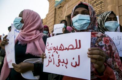 مثقّفون جزائريون: نراهن على ضمير الشّارع السّوداني
