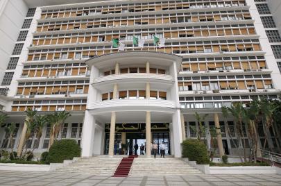 الحكومة الجزائرية الجديدة.. تشكيلة الاستمرارية