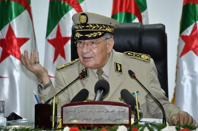 قايد صالح يتّهم البرلمان الأوروبي ضمنيًا بالتحالف مع