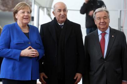 الجزائر والأزمة الليبية.. الملفّ الاقتصادي في قلب الصراع