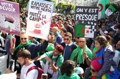 مثقّفون جزائريّون يُقاربون الحراك السّوداني