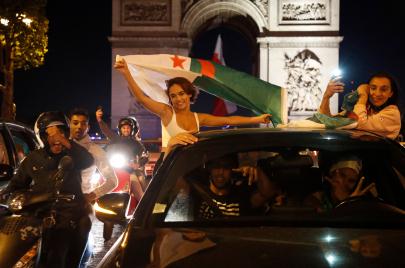 احتفالات الجزائريين