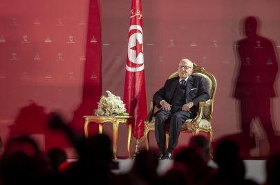قايد السبسي من الثورة إلى الحراك.. رجلٌ في قلب التاريخ الجزائري