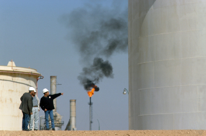 تداعيات انهيار أسعار النفط.. حكومة جراد لا تملك الكثير من الأوراق