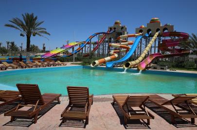 وزير السياحة يدعو إلى مراجعة أسعار الفنادق لاستقطاب متوسّطي الدخل