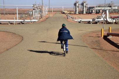 الجزائر تتّجه إلى الاستدانة الخارجية.. العودة إلى إملاءات صندوق النقد الدولي؟
