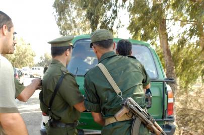 الحبس لشخصين بتهمة نشر أخبار