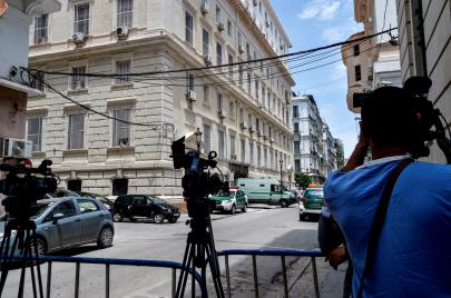 إعلام الأزمات.. التلفزيون العمومي أمام امتحان استعادة المشاهد الجزائري