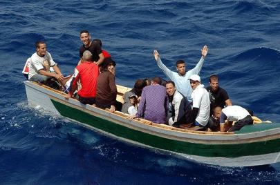 """الهجرة العكسية… """"إلباييس"""" الإسبانية: قوارب تعيد مغاربة إلى بلدهم ب 58 ألف درهم"""