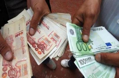 اليورو يتهاوى في السوق السوداء.. لا توجد مبرّرات اقتصادية؟