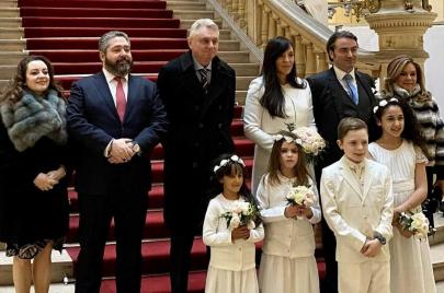 جزائرية توقع حفيد نابليون في الأسر
